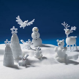 winter craft for kids to make pipe cleaner animals winter scene