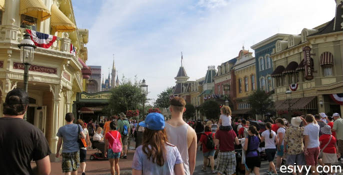 The crowd as we entered the Magic Kingdom - and we still never spent more than 30 minutes standing in line!