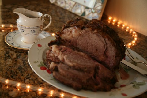 The roast beast at our Christmas dinner this year. Oops! My china is a bit uncoordinated.