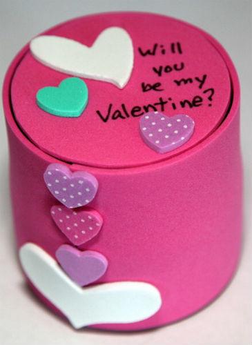 Valentine 8 ball top