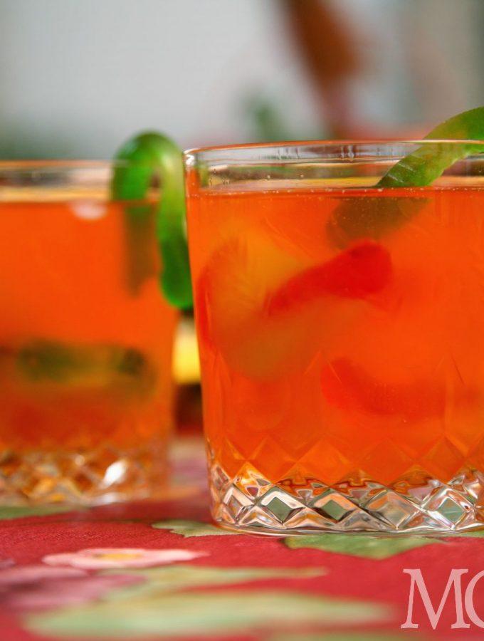 Halloween drink for kids - gummy worm juice